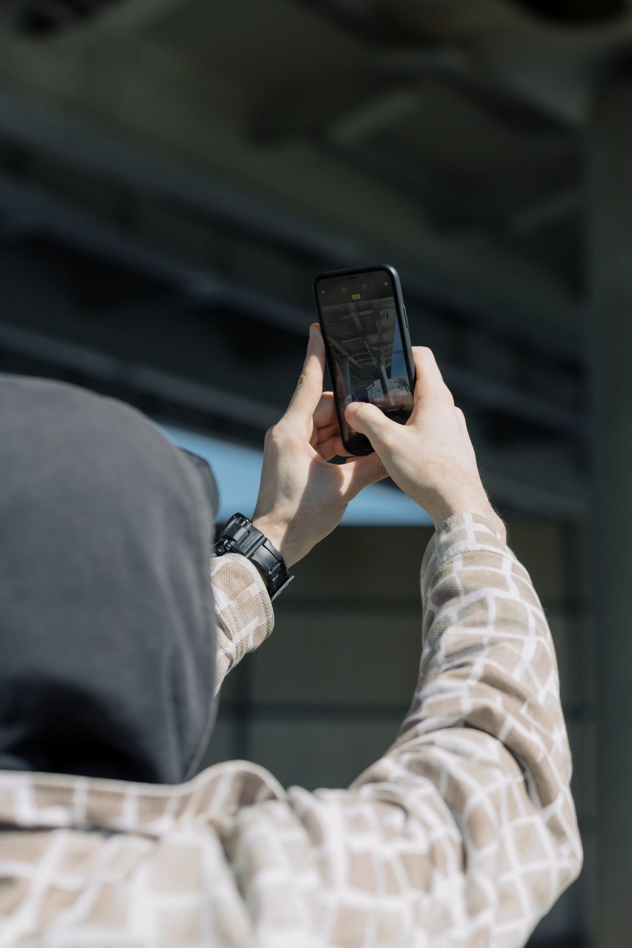 Aalborg mobilcovers webshop udvider med gigantisk lager